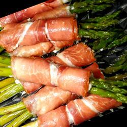 aperitivos de esparragos jamón serrano