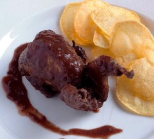Codornices salsa chocolate