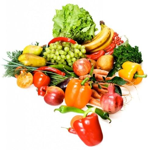 Mucha gente debería comer más verdura y fruta, como la mostrada en la imagen, pero los alimentos ricos en grasa y azúcar suelen gustar más y es difícil reducir su consumo.