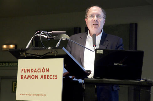 Entrevista-a-Gregory-Winter-Premio-Principe-de-Asturias-de-Investigacion-2012_image488_