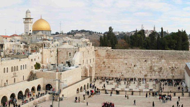 Panoramica-Jerusalen-Sheepdog85-Wikimedia-Commons_EDIIMA20130814_0411_13