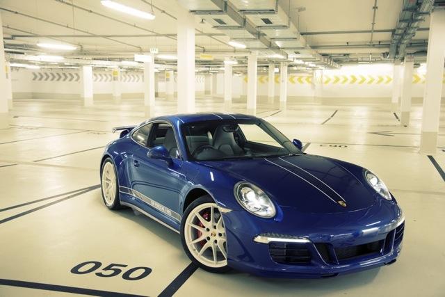 Porsche 911 900x600@1x