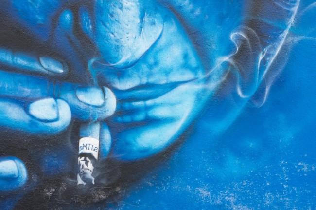 Muro-azul-13-650x431
