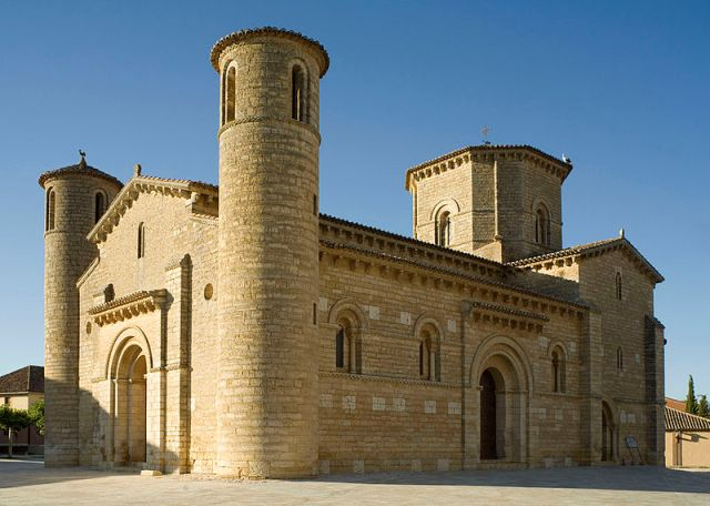 800px-Fromista_Iglesia_de_San_Martin_de_Tours-PM_32767