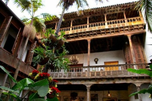 interior-casa-balcones