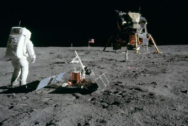 La-otra-conquista-de-la-Luna_image800_