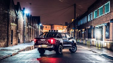 toyota-hilux-invincible-50-1-9