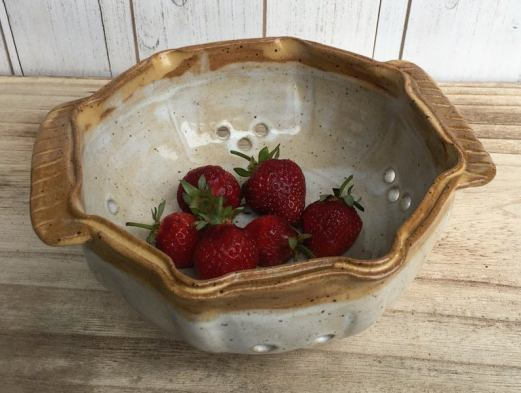 Kismet Pottery Berry Bowl