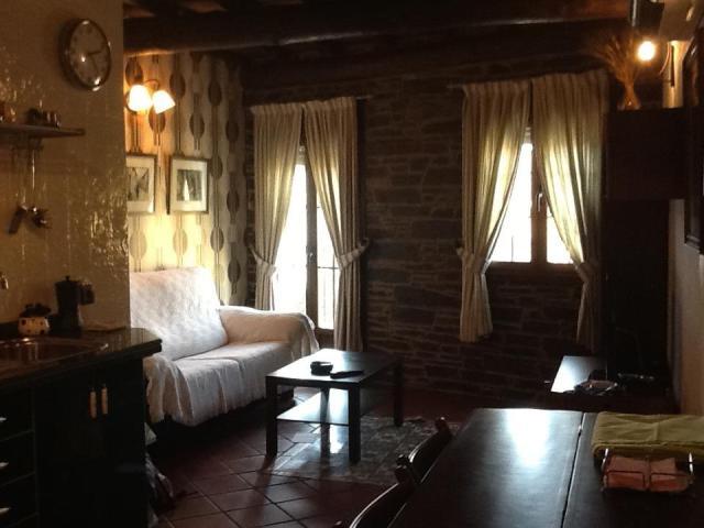 Apartamentos rurales la Antigua en Zarza de Granadilla, al norte de Cáceres, perfectamente equipados y mantenidos son ideales para pasar un buen fin de semana