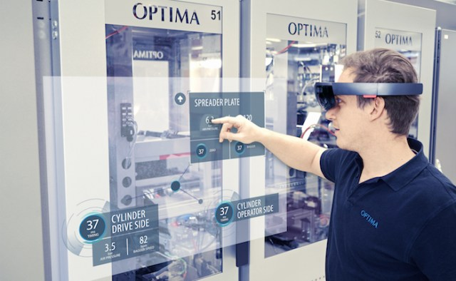 Mixed Reality in smart operating concepts. Photo: OPTIMA packaging group GmbH