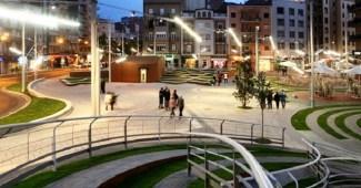 Laberinto en Plaza Vinyes de Lleida