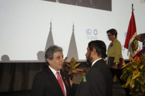 Manuel Pulgar-Vida (left) and Rajendra K. Pachauri  Lima COP 20 opening ceremony in pictures Pres with Pachau 300x199