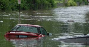 Flood  13 dead in Missouri floods as Mississippi is closed to vessels Flood