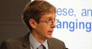 Dr Diarmid Campbell-Lendrum  WHO: Climate change may have helped spread Zika virus Dr Diarmid Campbell Lendrum
