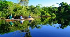 canoeing_amazon_river_cruise_crp