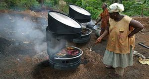 solar grill stove  500 women to benefit from UNDP-GEF solar scheme solar grill 4 opt1