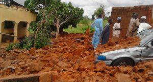 Windstorm leaves  Minor dead, 100 homes destroyed in Sokoto windstorm Sokoto1 e1472325968375