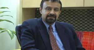 Dr. Kapil Kapoor