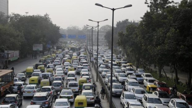India bans sale of inefficient, highly polluting vehicles india pollution e1490817219286