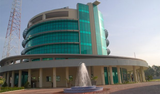 AfDB building Abuja  Buhari commissions complex as Nigeria consolidates position as AfDB's largest shareholder AfDB
