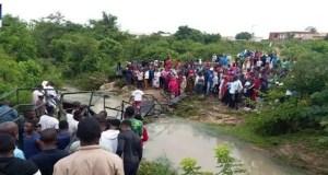 Abuja community link bridge collapse