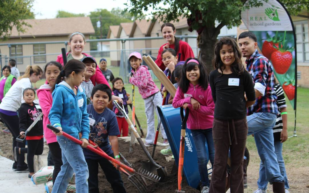 REAL School Gardens Helps Grow Successful Students in Low-Income Areas