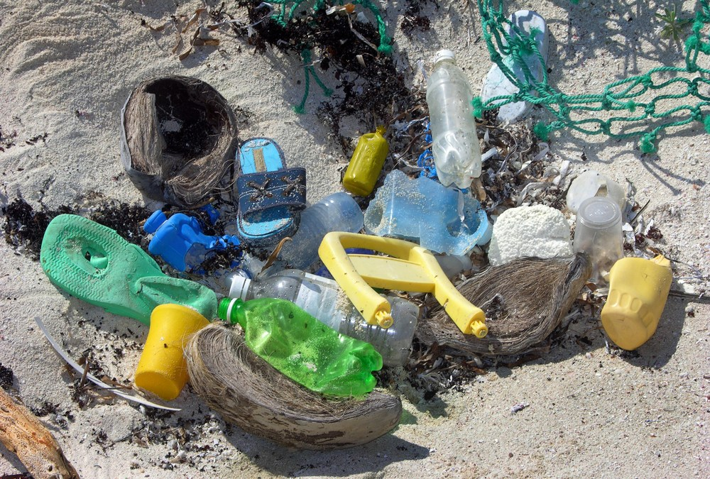 Dutch Foundation Measures the Great Pacific Garbage Patch