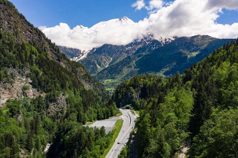 Des chaussées à empreinte carbone neutre sur la route du Mont Blanc