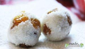 Billes de coco aux raisins blonds