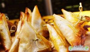 samosas gananciosos Fourme d'Ambert, fruto da minha infância e chocolate escuro