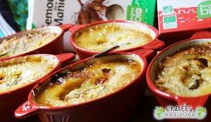 Mis clafoutis de albaricoque, plátanos y lavanda del jardín en miniocots con sabores africanos (sin gluten)
