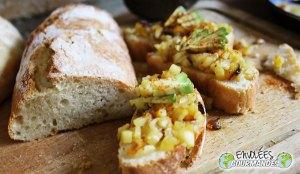 Mitt Penja vitpepparbröd, pannstekta gyllene avokadoäpplen och kankanpeppar