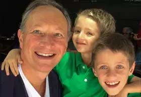 Dr. Alexandre Feldman e Filhos