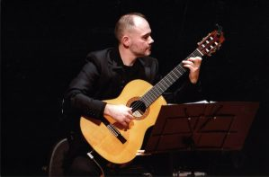 Enzo Crotti italian guitarist and composer