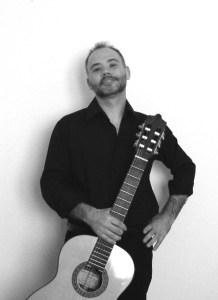 Enzo Crotti chitarrista yoga