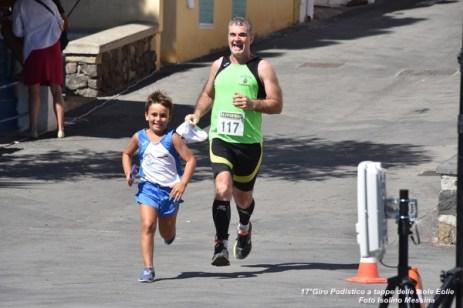 Foto Terza Tappa Salina - 17° Giro Podistico delle Isole Eolie - 350