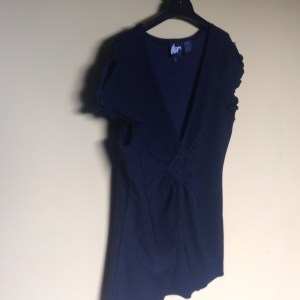 max black top in excellent preowned condition
