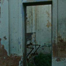 2. En lugares abandonados