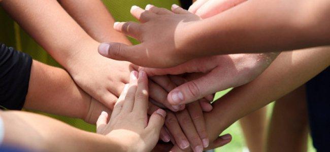 Como ensinar a criança a ser solidária