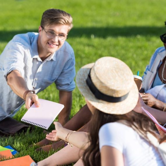 4 dicas para se sair bem nos trabalhos em grupo