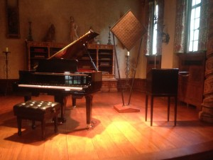 "Piano and Theremin in ""The [Music] Room"" (Photo by Stephan Moore)"