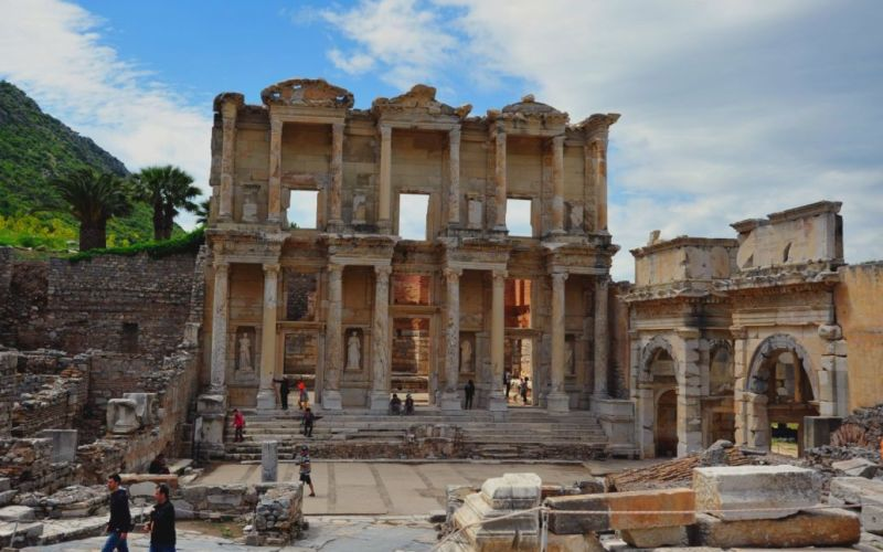 Ephesus-ancient-city-celsus-library