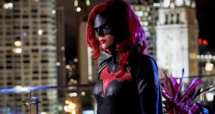 Accident on Batwoman Set Leaves Production Assistant Paralyzed