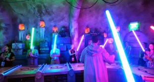 Build a Lightsaber at Savi's Workshop - Disney World - Full Show