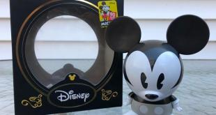 Review: Shiny B&W Mickey Mouse Shorts Vinyl