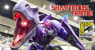 Transformers Beast Wars Megatron Sideshow GIANT Statue Review at SDCC 2017 with Epic Voice Guy