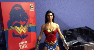 Hot Toys WONDER WOMAN Comic Concept Art Version / Unboxing Español