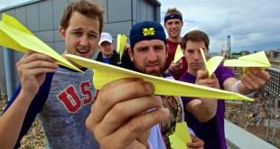 Paper Airplane Battle