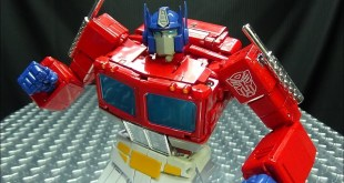 MP-44 Masterpiece OPTIMUS PRIME 3.0: EmGo's Transformers Reviews N' Stuff