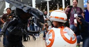 CUTEST Star Wars BB-8 Transforming Cosplay!!